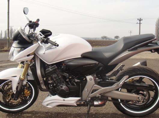 hornet 600 2007 001